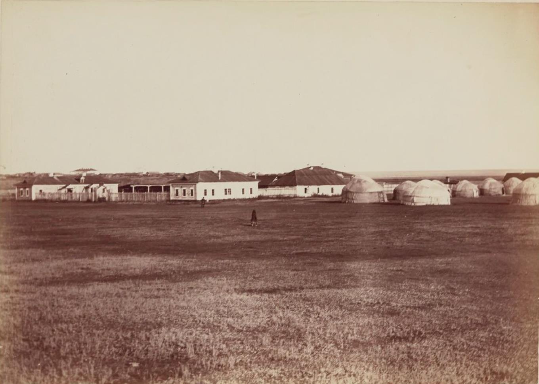 Курган. Крестьянская больница и переселенческие бараки