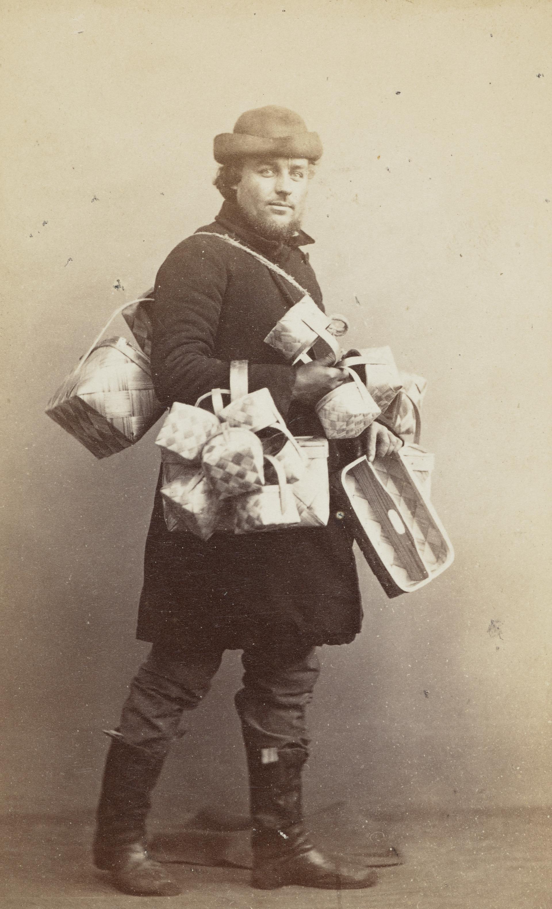 Продавец корзин, Санкт-Петербург