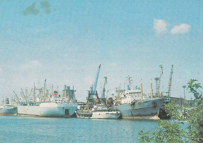 Калининград. Морской рыбный порт.