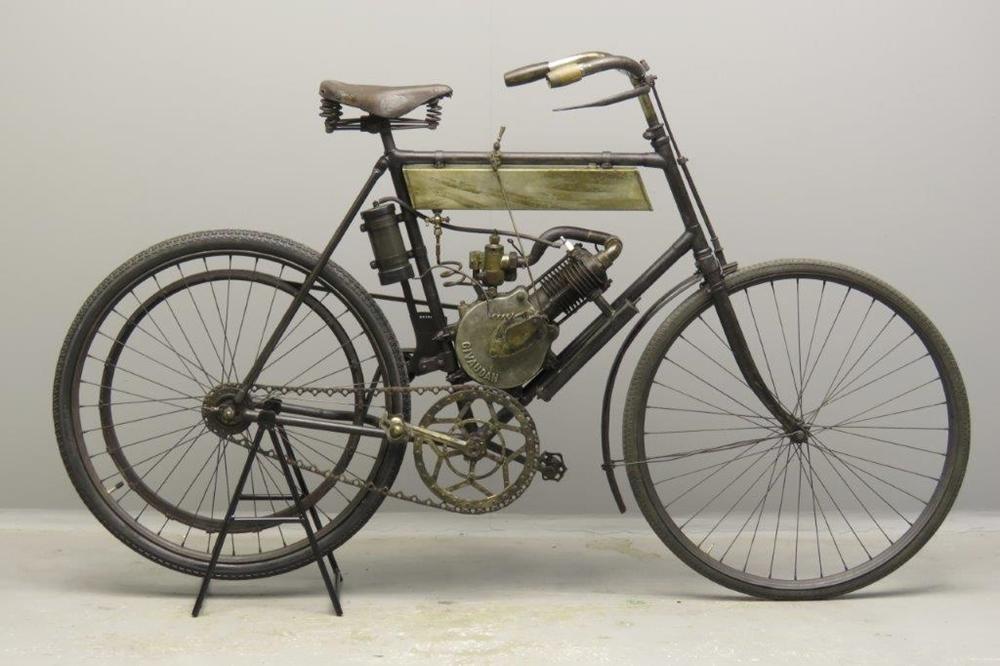 Старинный велоцикл Terrot-Givaudan 1902