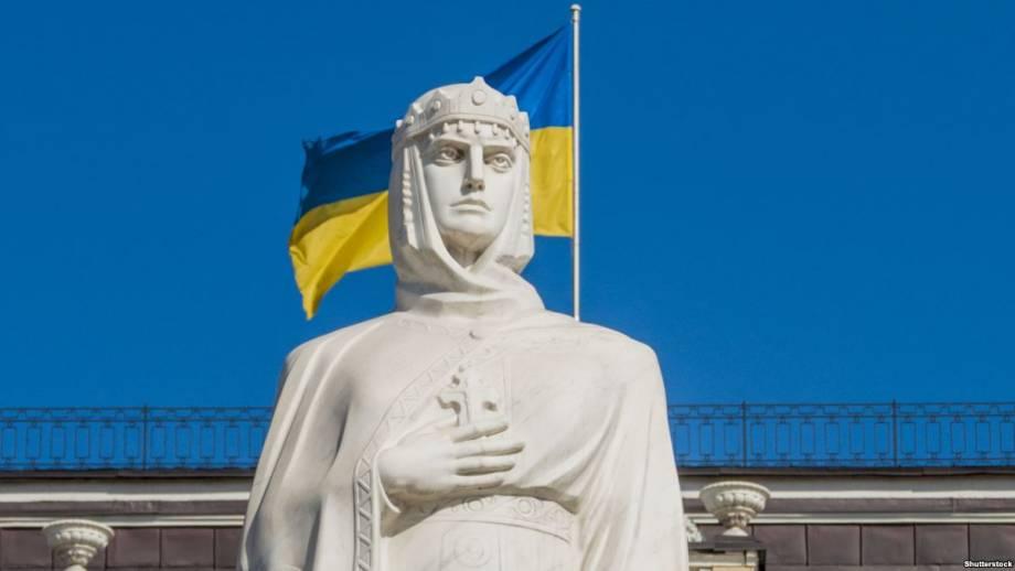 На въезде в Киев установят 18-метровую статую княгини Ольге – Кличко