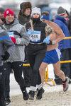 Мороз не остановил участников марафона. И даже не продиктовал обязательность тёплой одежды