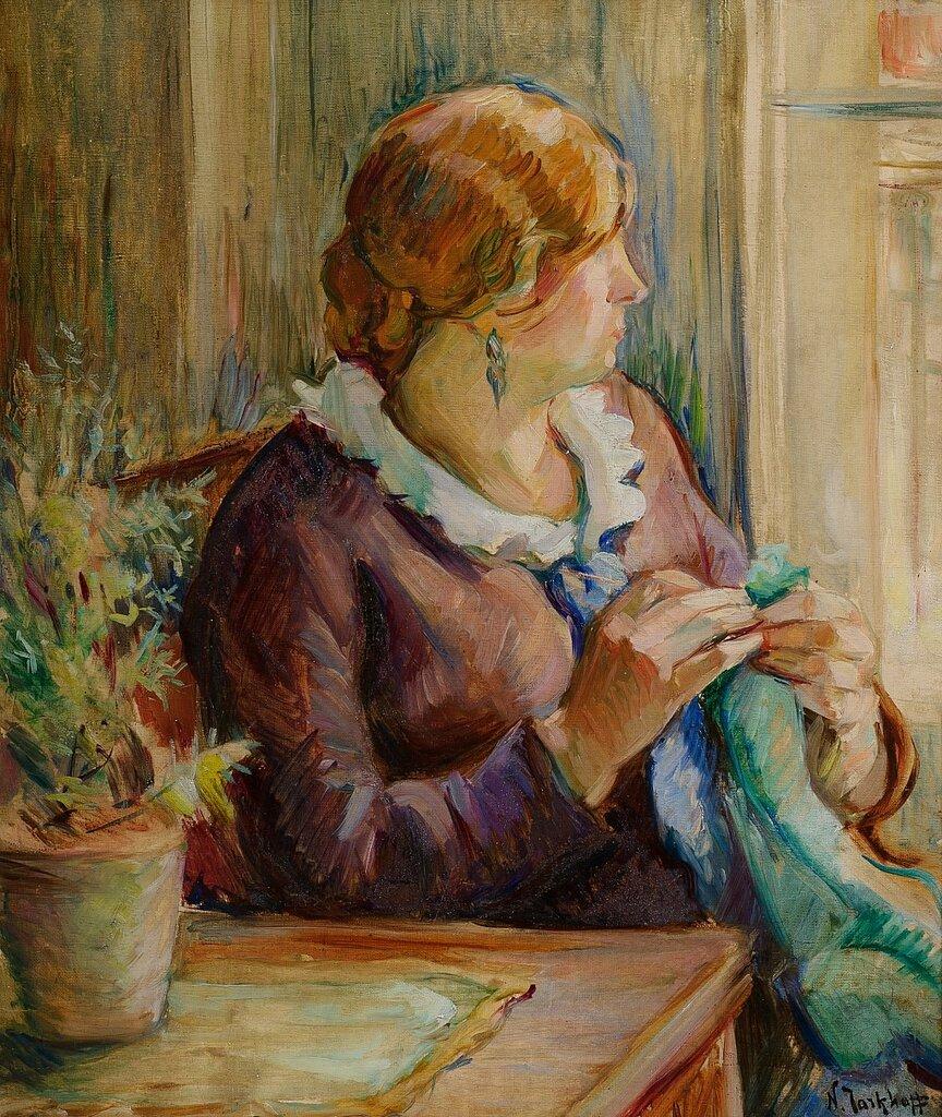 За вышиванием, начало 1910-х