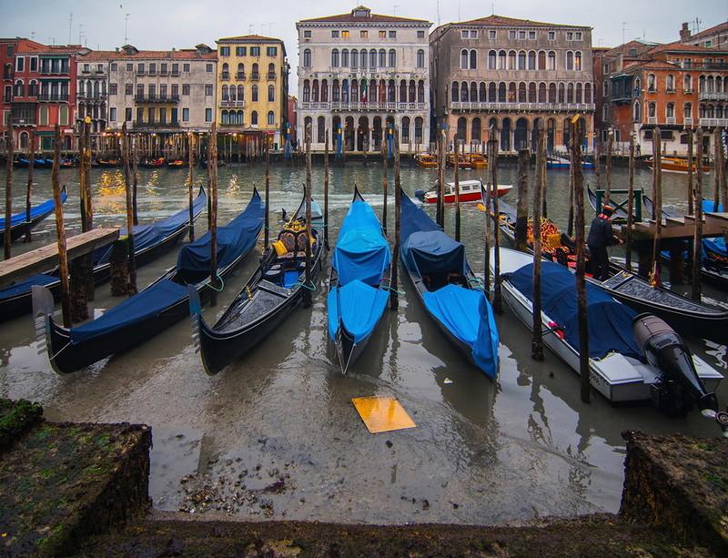 0 180ad7 2f2ef4e5 orig - Глубина каналов в Венеции