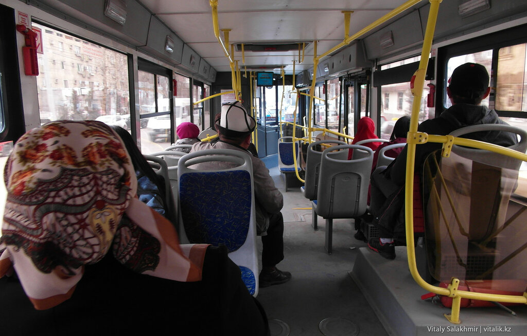 Ошский автобус изнутри