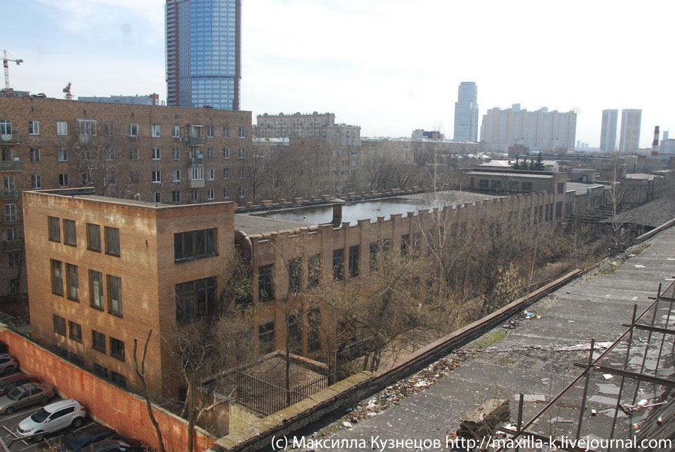 Заброшенное здание завода МиГ