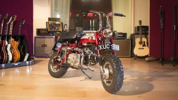 Минибайк Honda Z50 Джона Леннона продали с аукциона за 57 500 фунтов