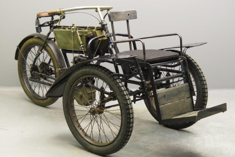 Старинный трицикл Bruneau Tri-promeneur 1907