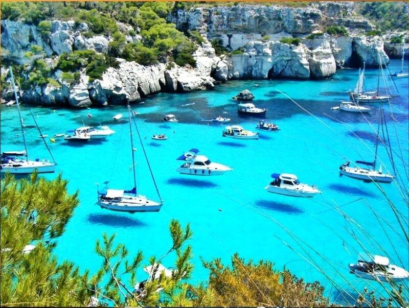 Лодки в Менорке, Испания..jpg