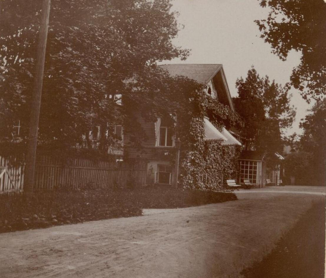 13. Село Талашкино. Подъездная дорога к дому