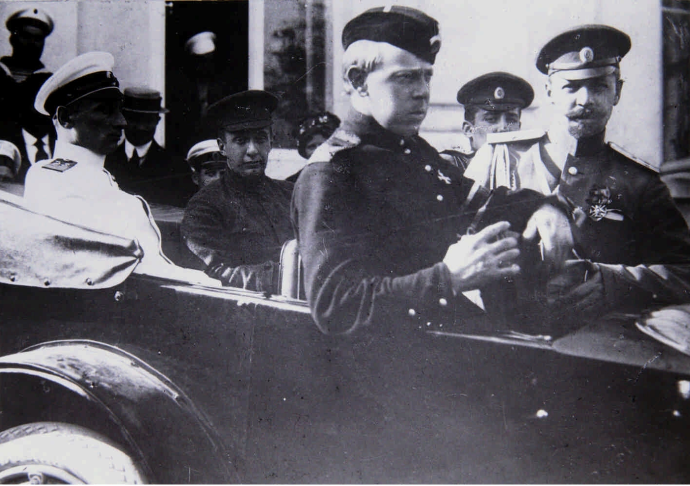 А.Ф. Керенский и А.В. Колчак в Севастополе. Май 1917