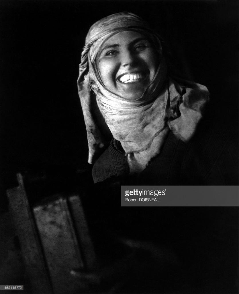 1945. Портрет женщины сортировщицы угля