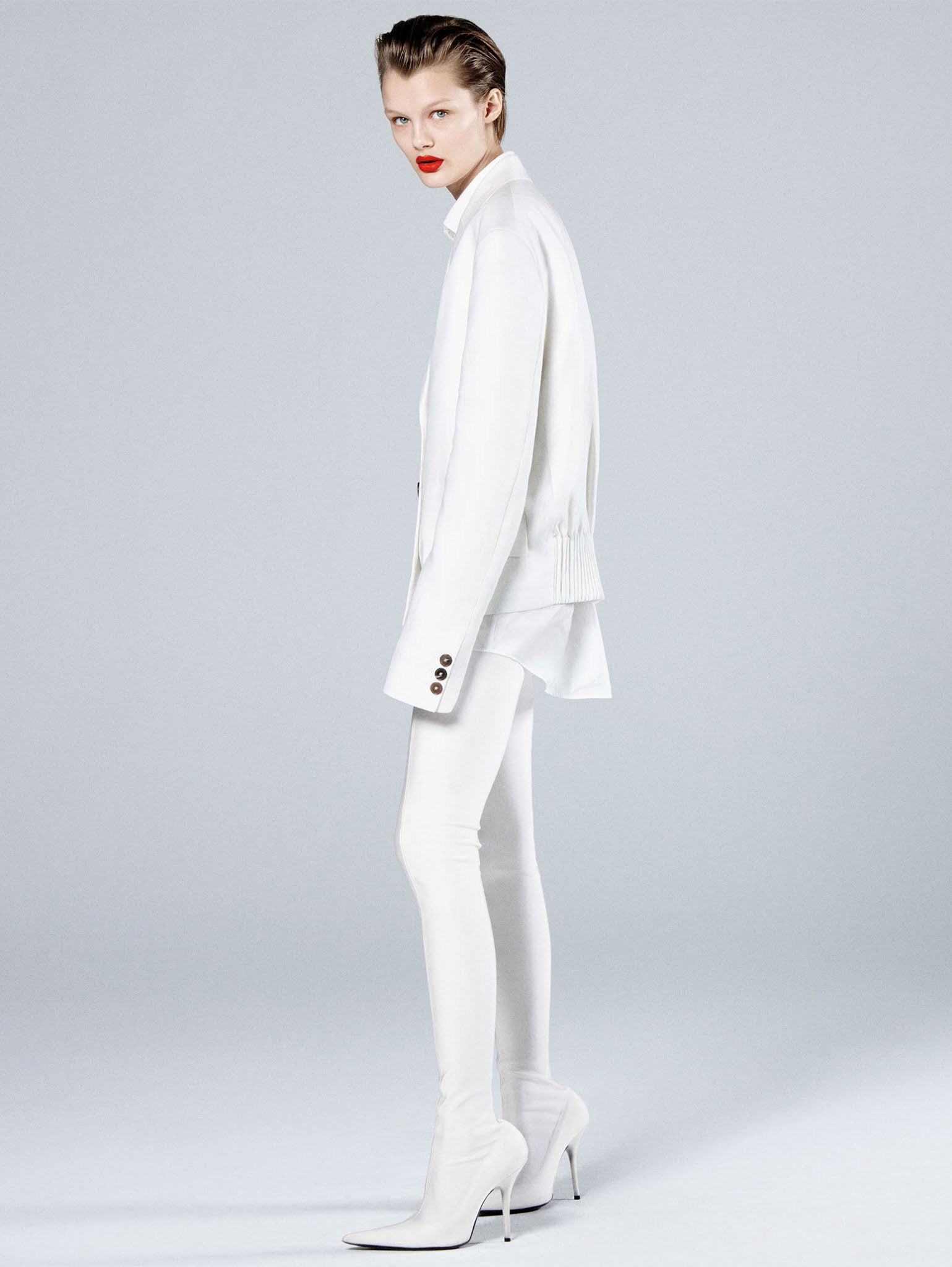 Кристина Грикайте в фотосъёмке Дэниела Джексона для китайского Vogue, май 2017 6