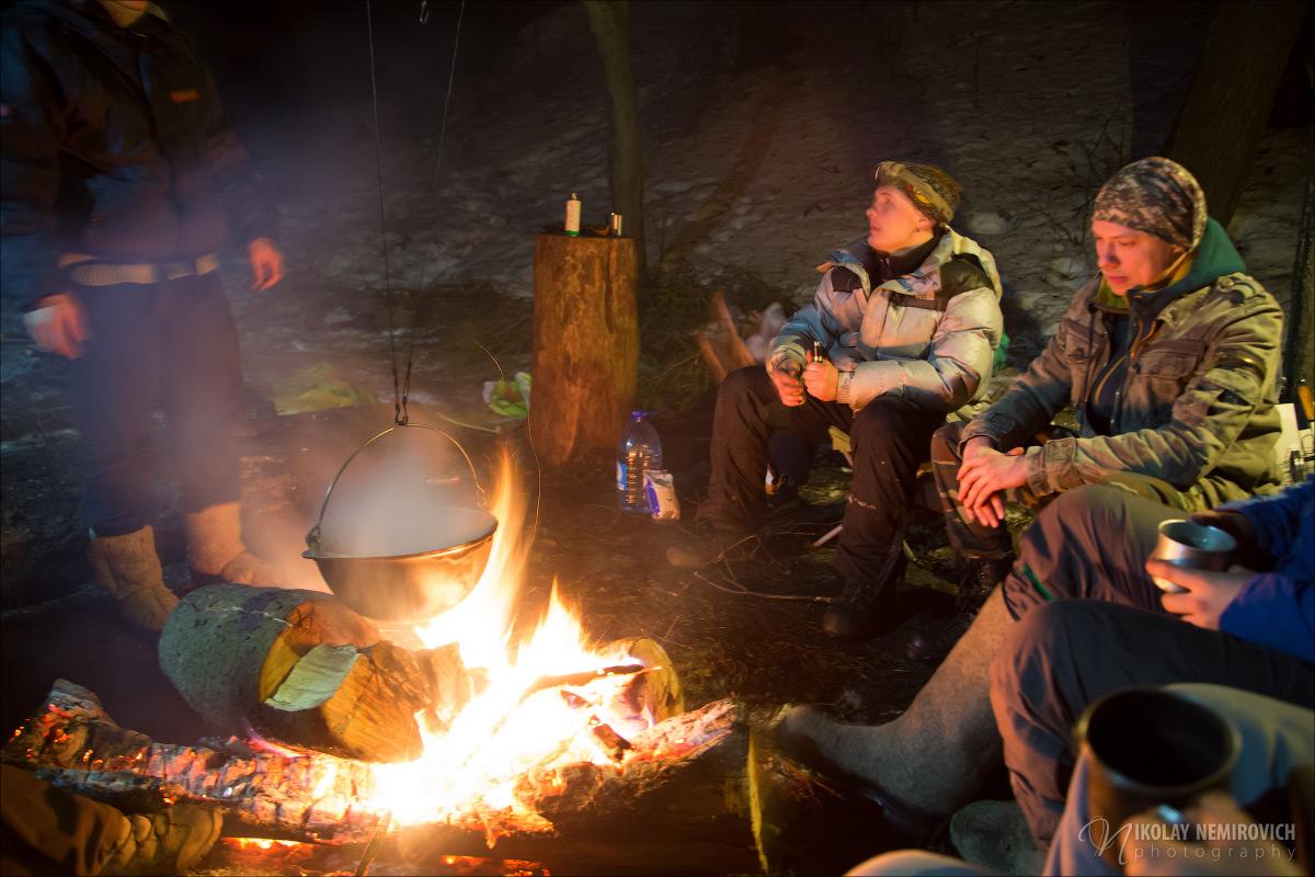 покажите пожалуйста картинки отдыхающих зимой у костра другие параметры