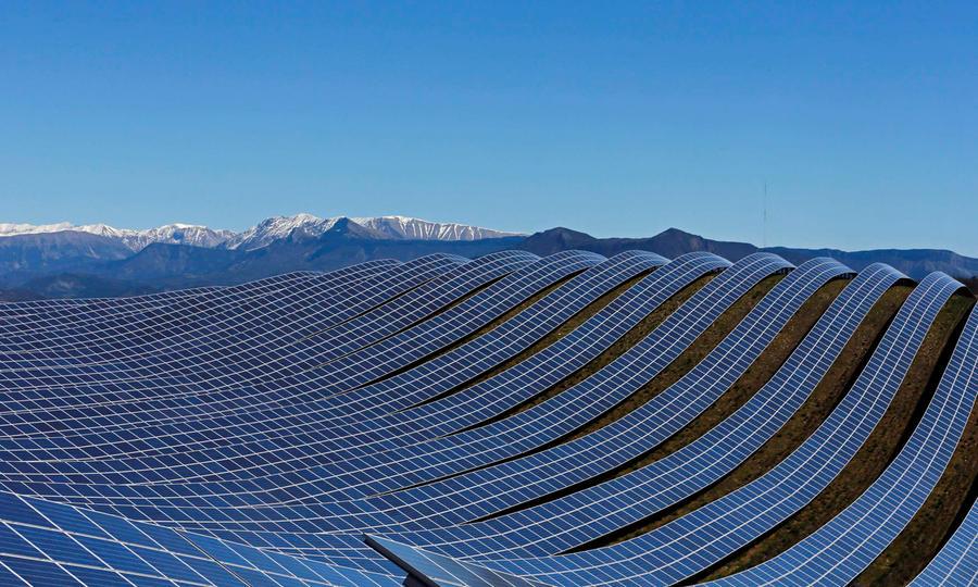 Солнечная ферма огромных размеров