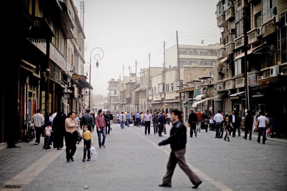 11. Алеппо в ночное время, 5 сентября 2010. (Фото Anas A):
