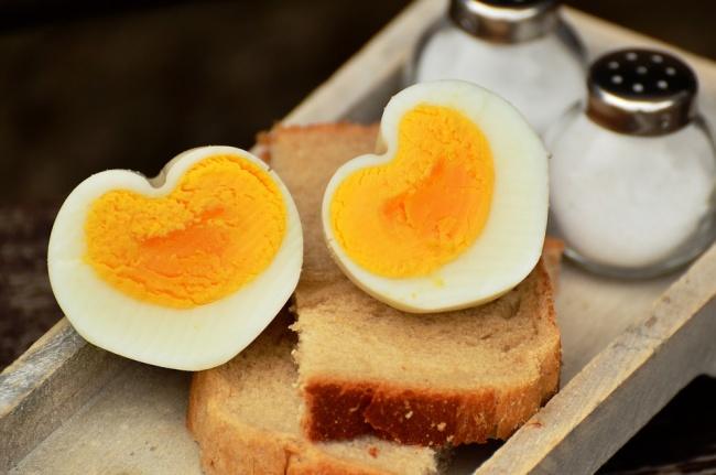 Врядли вычасто разогреваете яичницу или омлет, нонавсякий случай предупреждаем: при повторном на