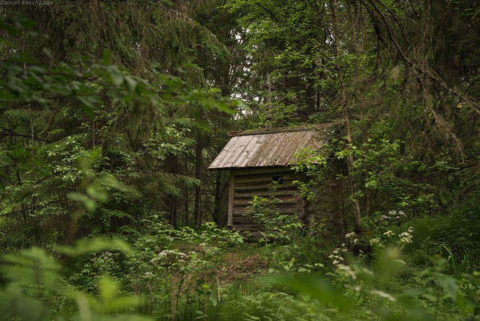 25. Но конечная точка нашего маршрута — деревня Зехнова. С 18-19 века здесь мало что поменялось