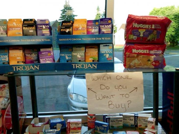 Этот непростой выбор: презервативы или подгузники?