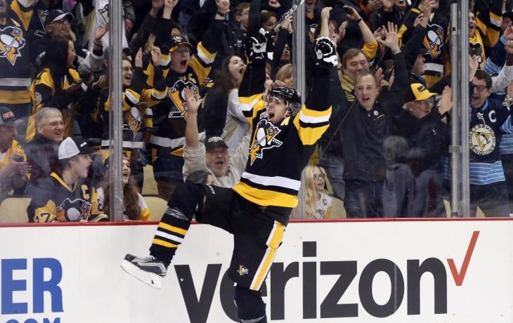 «Питтсбург» разгромил «Бостон», Малкин набрал очки в 7-мой игре кряду