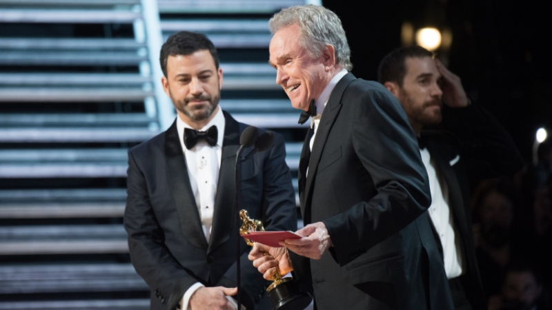 Артист Битти ожидает объяснений от руководителя киноакадемии поповоду конфуза на«Оскаре»