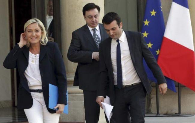 Лидер партии ЛеПен подал отставку из-за скандальных заявлений оХолокосте