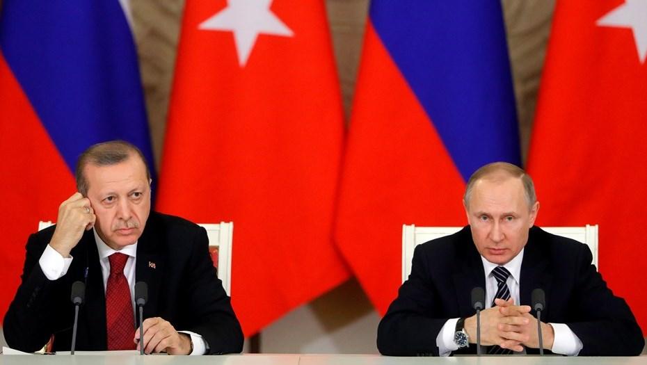 Турция иИндия могут перестать рассчитываться долларами