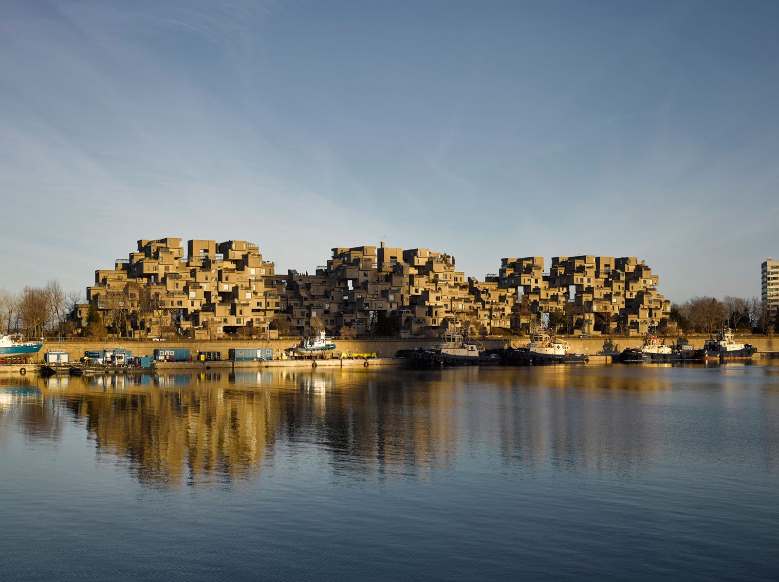 A Look at Montreal's Iconic Housing Complex Habitat 67