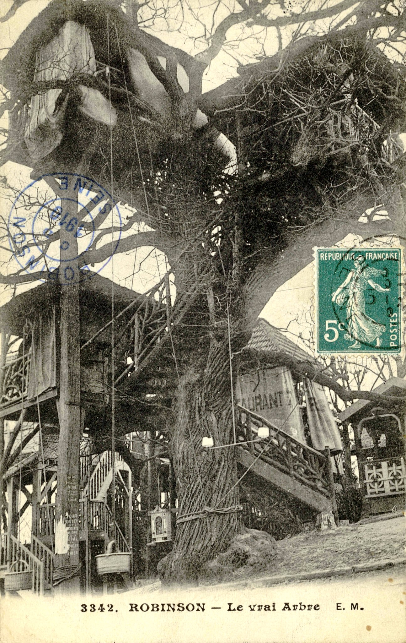In 1848 A French Commune Built an Interconnected Treehouse Cabaret Based on Swiss Family Robinson