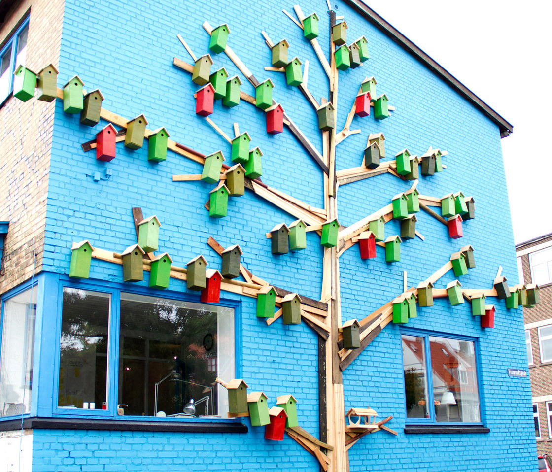 This street artist has built more than 3500 urban bird houses! (18 pics)