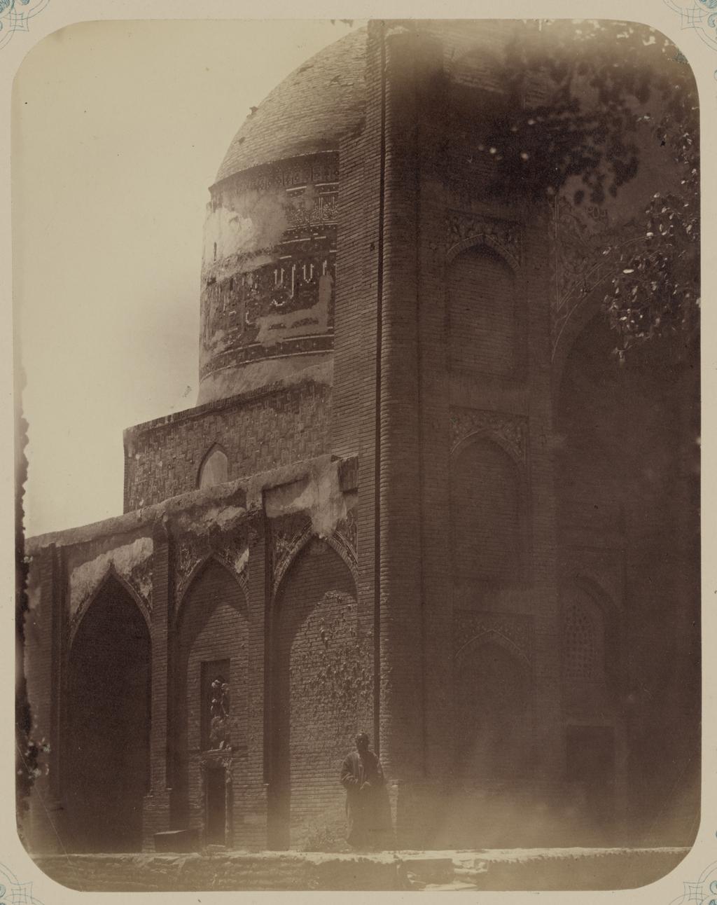 Мечеть Ходжа Абду-Берун. Вид на мечеть с северо-запада