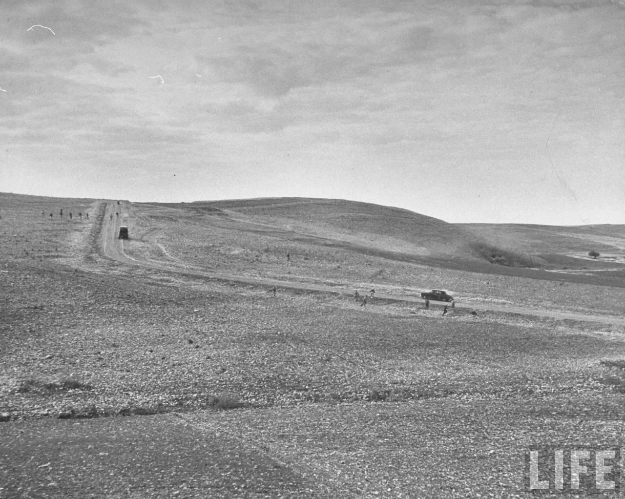 На тайных сборах в горах «Хагана» тренируется атаковывать конвои. Март