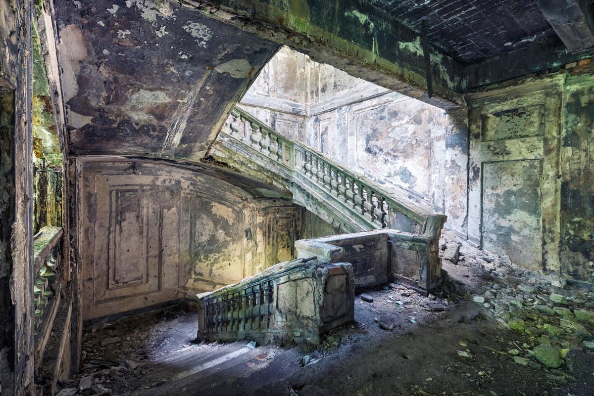 Архитектура послевоенной Абхазии на снимках Орельена Вилле