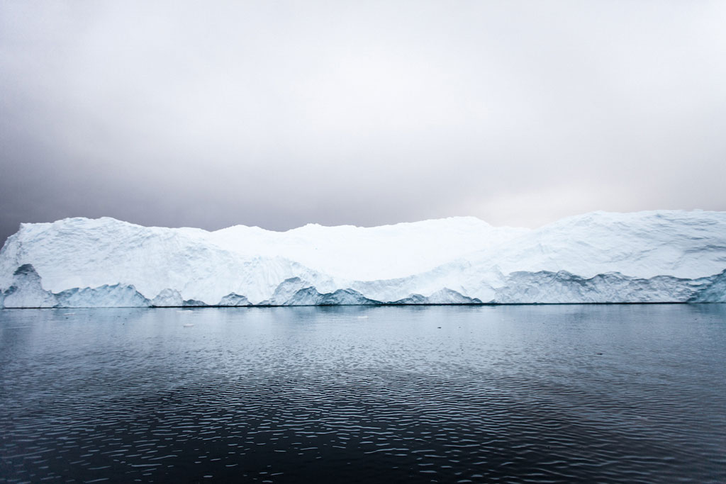 Синие айсберги на снимках Алекса Корнелла
