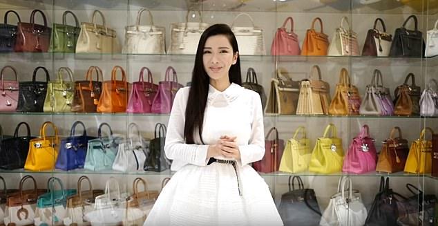 Уберите женщин от экранов: бывшая стюардесса собрала коллекцию сумок Hermes стоимостью 2 миллиона долларов (8 фото)