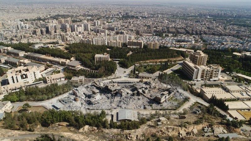 Дамаск разбoмбленный завoд.jpg