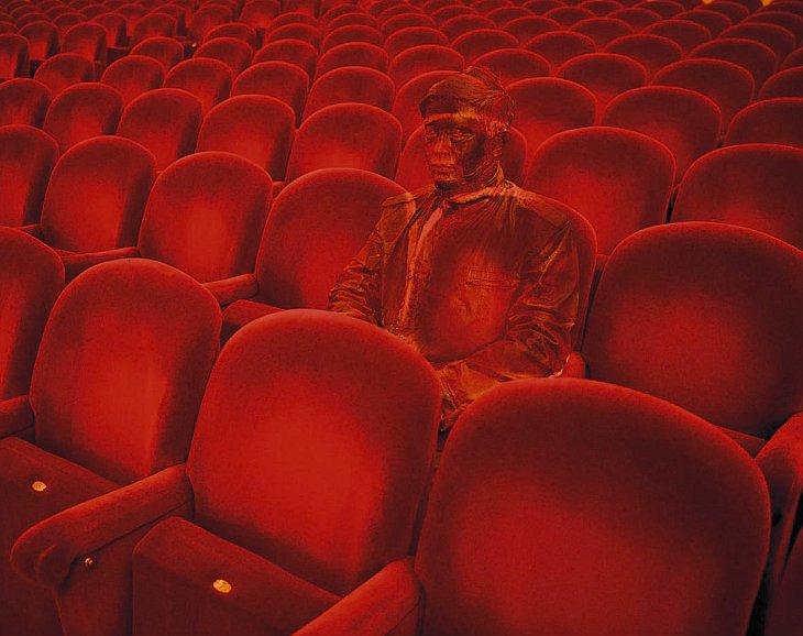 Человек-невидимка: необычное искусство (24 фото)