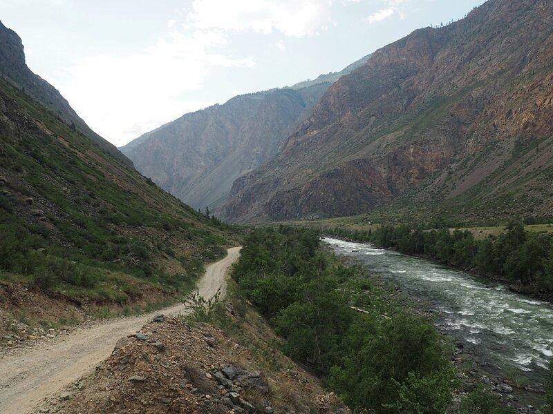 Горный Алтай, долина реки Чулышман (Mountain Altai, the valley of the Chulyshman River)