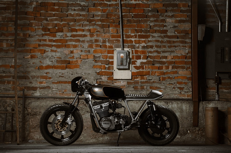 Brick House Builds: кафе рейсер Yamaha XS850