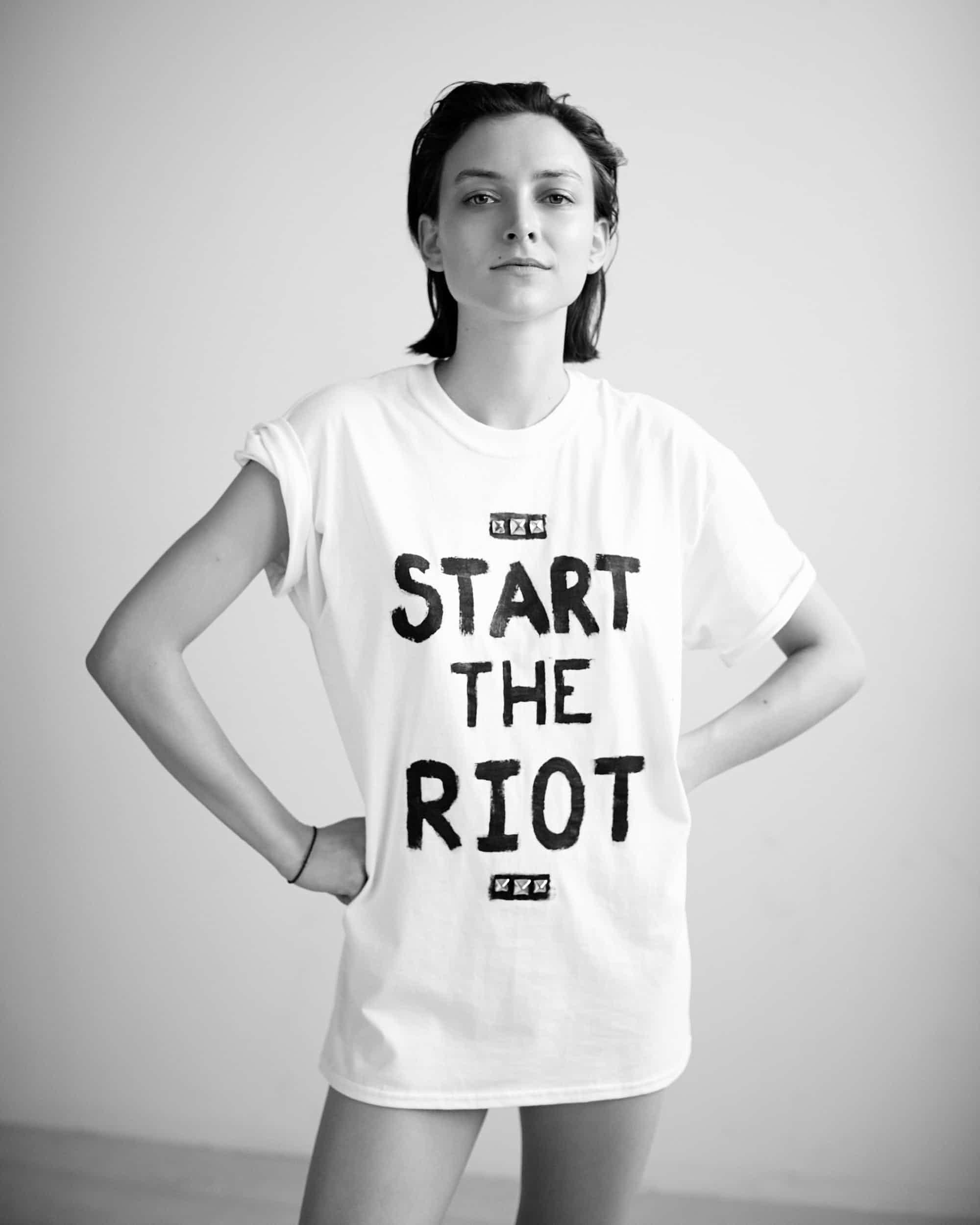 Олли    Олли Хендерсон стала настоящей музой этого проекта. Она активистка, мод