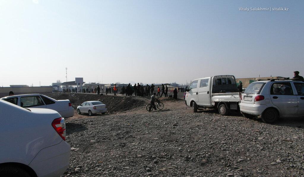 КПП Дустлик, Узбекистан