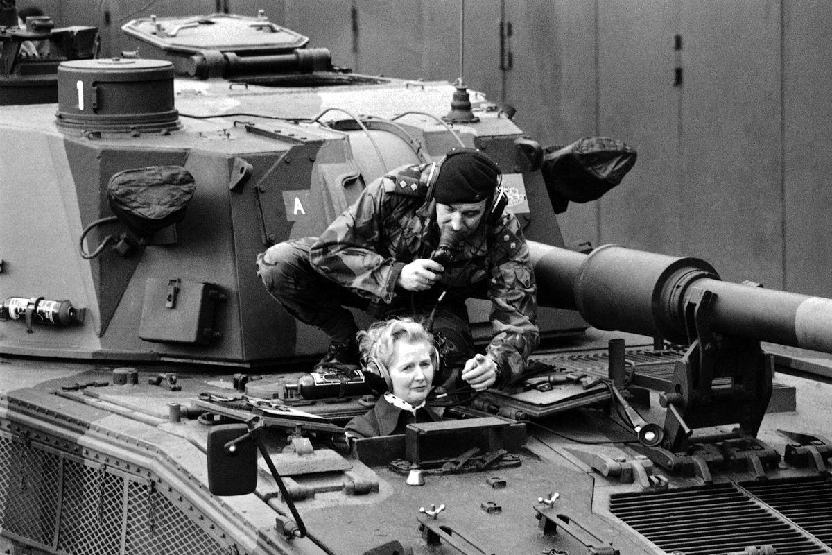 А может мне пойти в танкистки?: Маргарет Тэтчер перед избранием на пост британского премьер-министра (1976 год)
