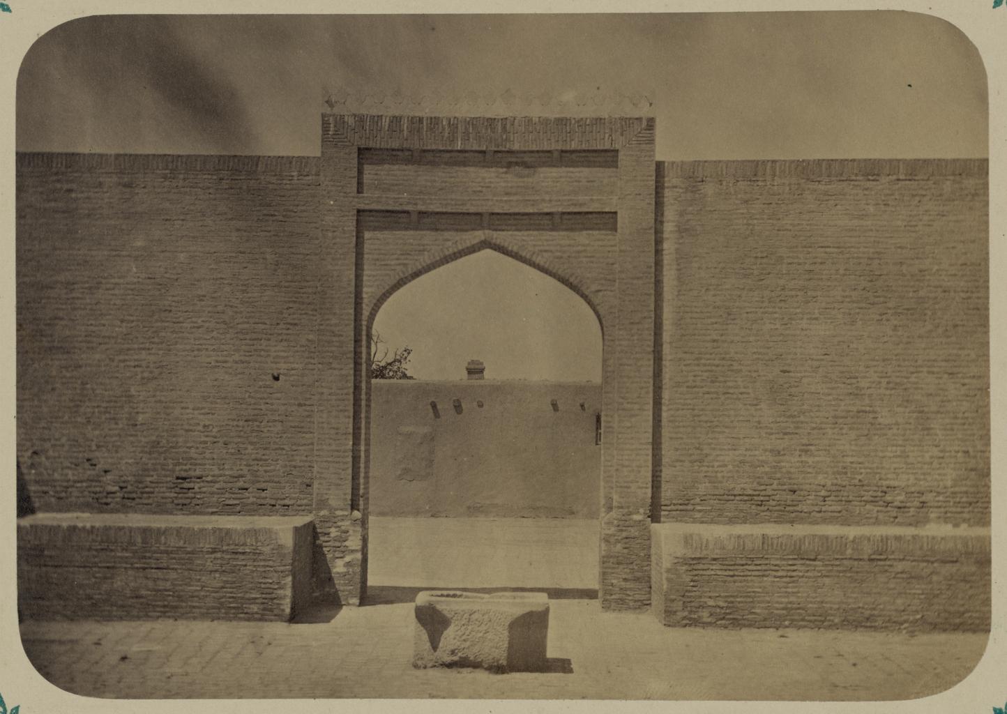 Дворец бухарских эмиров «Кок Таш». Вид входа в приемную залу (со стороны двора)