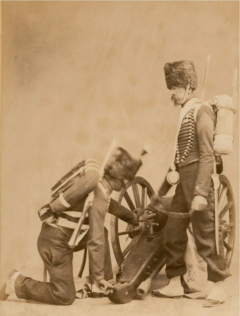 1860. Артиллеристы с их пушкой