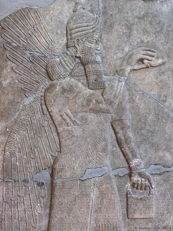 Рельеф из северо-западной части дворца царя Ашшурнасирпала II в Кальху (современный Нимруд).