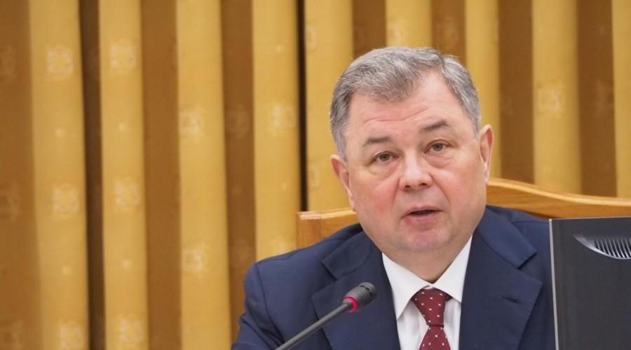 Анатолий Артамонов дал областным чиновникам три месяца на сдачу норм ГТО