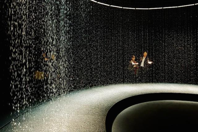 Light in Water Installation