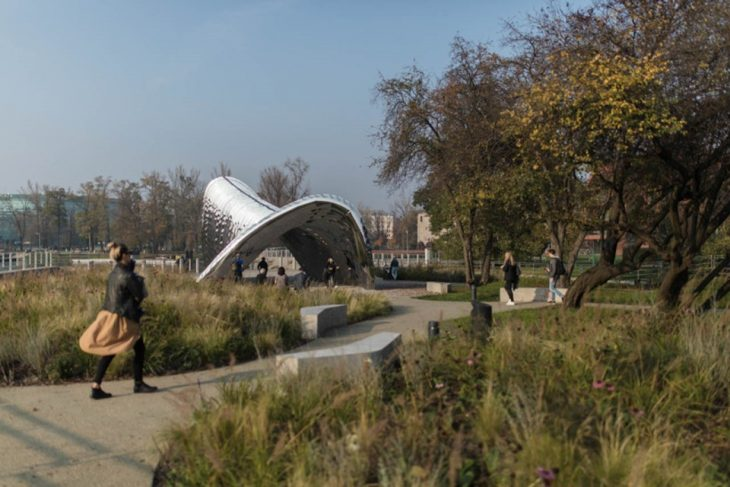 NAWA sculpture designed by Oskar Zieta