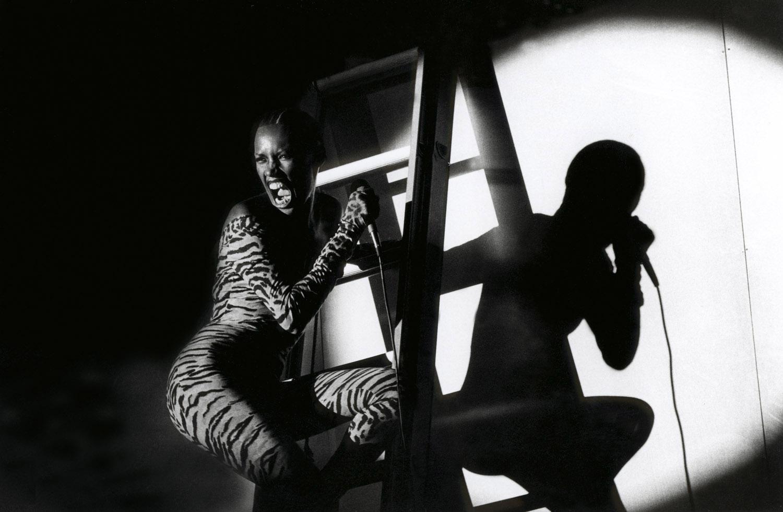 1978. Грейс Джонс