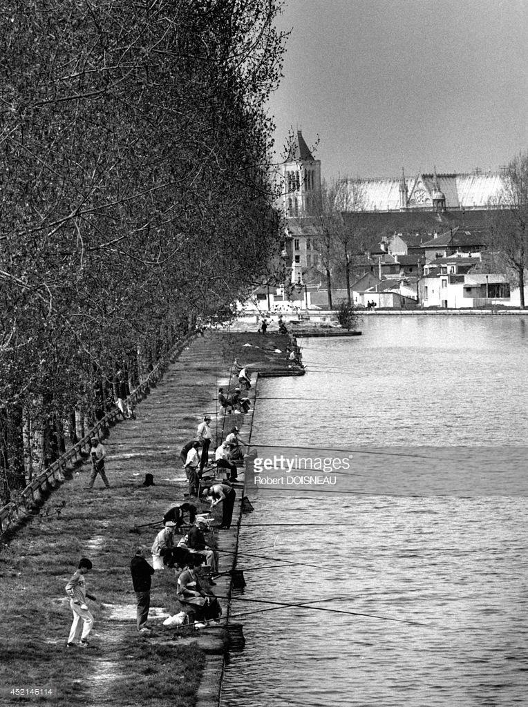 1987. Рыбаки на канале в Сен-Дени